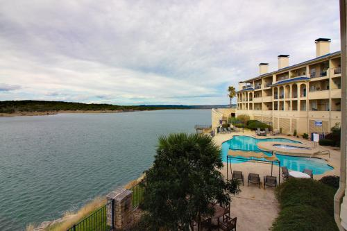 Water's Edge - Lago Vista, TX Vacation Rental