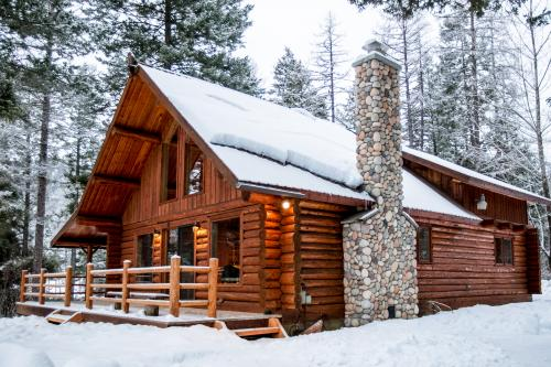 Blacktail Cabin -  Vacation Rental - Photo 1