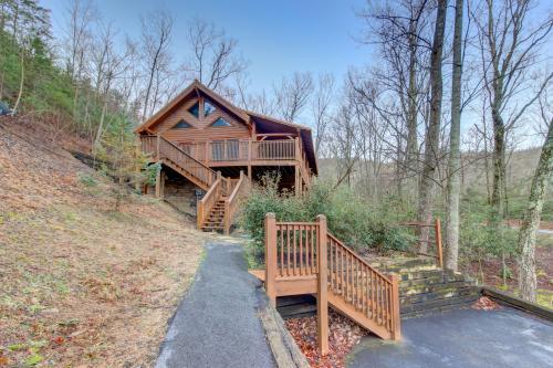 Mama Bear Creek Bridge -  Vacation Rental - Photo 1