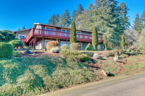 Dundee Wine Villa - Dundee, OR Vacation Rental