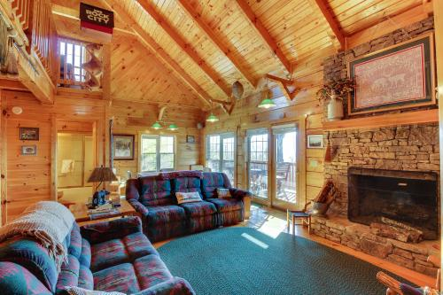 Kickin' Back -  Vacation Rental - Photo 1