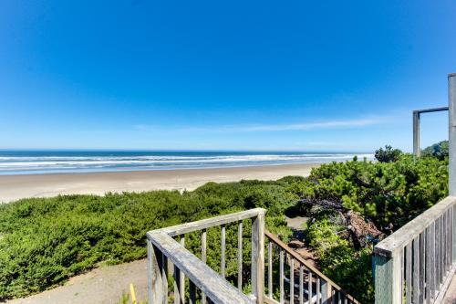 Cape Cod Cottages - Unit 1 - Waldport Vacation Rental