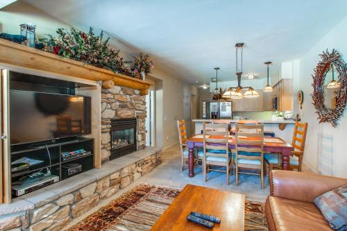 Mammoth Green 110 -  Vacation Rental - Photo 1
