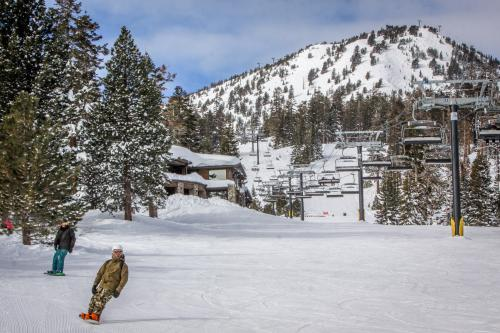 Snowcreek 406 -  Vacation Rental - Photo 1