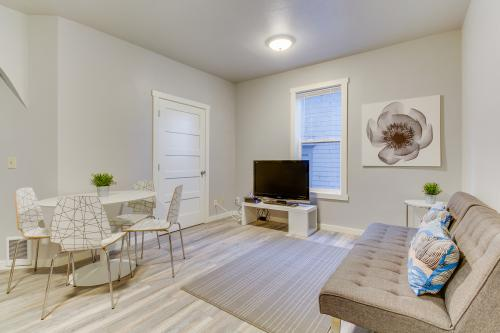 Capitol Hill Comfort -  Vacation Rental - Photo 1
