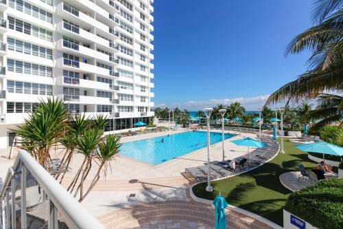 Prime Beachfront Condo on Lincoln Road - Miami Beach, FL Vacation Rental