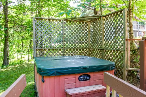 Ahmeek Chalet #3 - West Dover, VT Vacation Rental