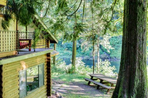 River Bend Lodge - Washougal, WA Vacation Rental
