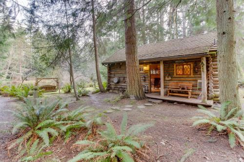 Log Cabin - Greenbank, WA Vacation Rental