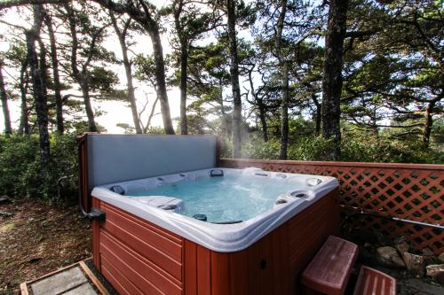 Salty Dog Lodge - Florence, OR Vacation Rental