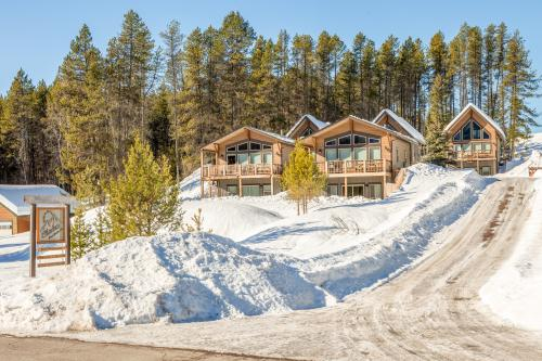 Glacier Chalet -  Vacation Rental - Photo 1