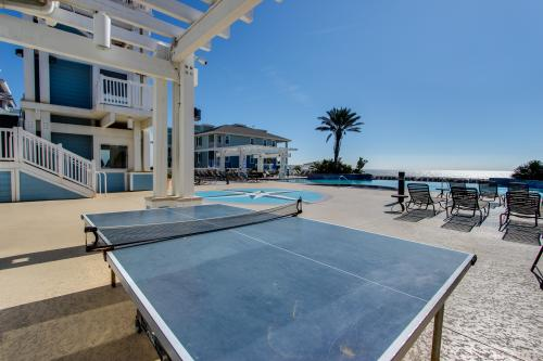 Decked Out - Galveston, TX Vacation Rental