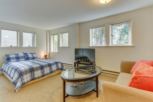 Cozy Comfortable Studio -  Vacation Rental - Photo 1