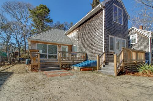 Stewart Manor - Oak Bluffs, MA Vacation Rental
