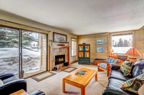 Snowcreek Soirée - Comfort and class under Dollar Mountain -  Vacation Rental - Photo 1