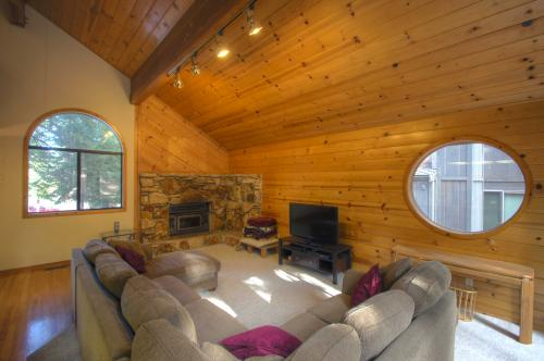 Northstar Logging Trail Lodge - Truckee Vacation Rental