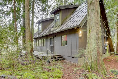 Zig Zag River Cabin - Rhododendron, OR Vacation Rental