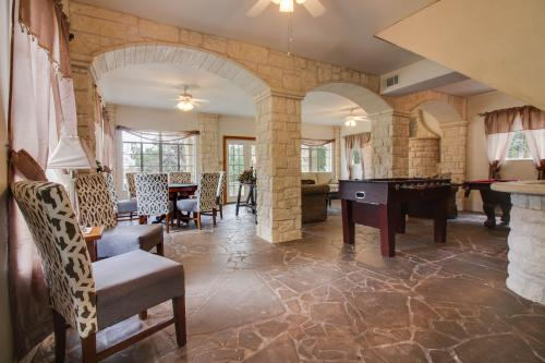 The Lake House on the Cove - Spicewood, TX Vacation Rental