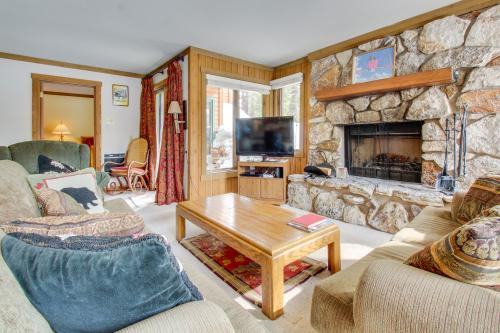 Mountainback 90 - Mammoth Lakes, CA Vacation Rental