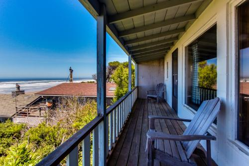 Cape Cod Cottages - Unit 9 - Waldport, OR Vacation Rental