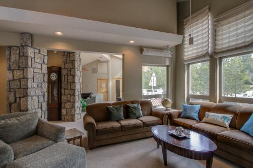 6 Umpqua -  Vacation Rental - Photo 1