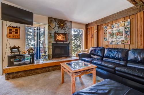 Aspens Whispering Hideaway -  Vacation Rental - Photo 1