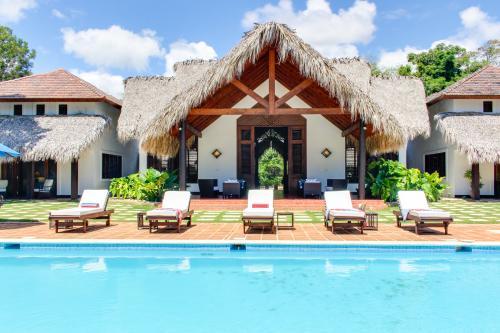 Eagle Point Villa -  Vacation Rental - Photo 1