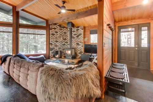 Black Lodge -  Vacation Rental - Photo 1