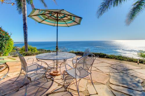 Ocean Sunsets Suite + Malibu Beachcomber Bungalow -  Vacation Rental - Photo 1