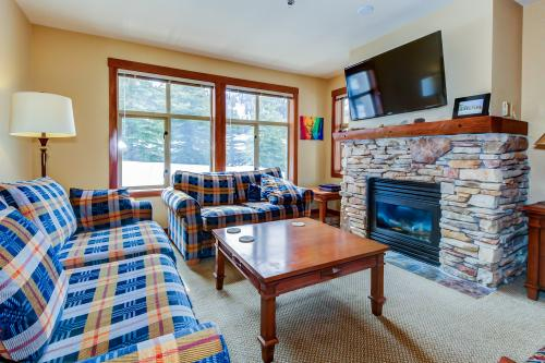 Powderhorn Lodge 201: Chamomile Suite -  Vacation Rental - Photo 1