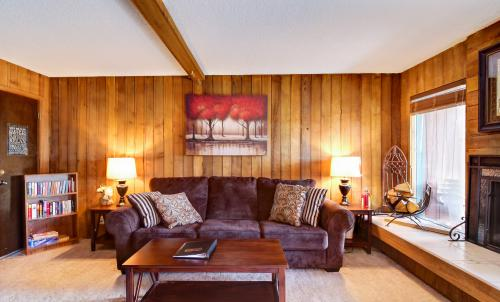 The Lone Star -  Vacation Rental - Photo 1