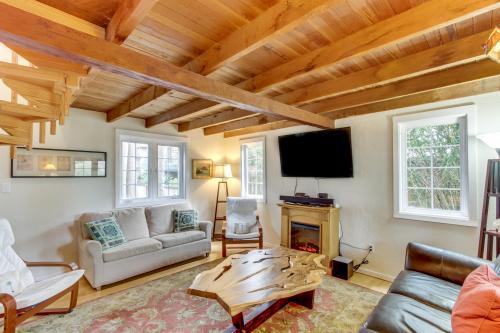 Van Buren's Cottage -  Vacation Rental - Photo 1