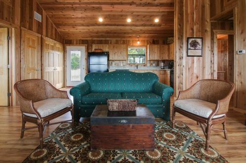 On the Rocks - Blanco, TX Vacation Rental