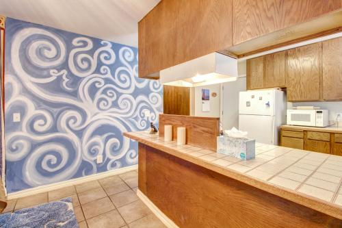 Sun Swirl House -  Vacation Rental - Photo 1