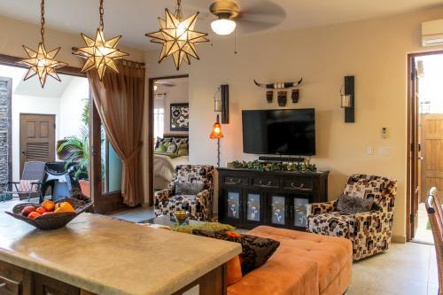 Casa Blanca -  Vacation Rental - Photo 1