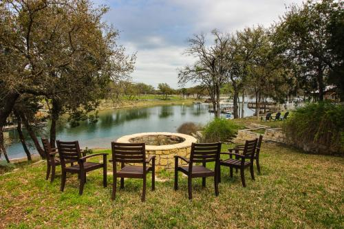 The Lake House and The Cottage on the Cove - Spicewood, TX Vacation Rental