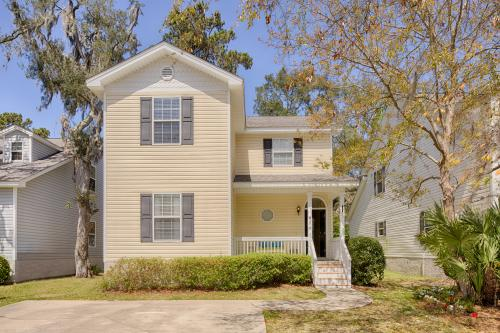 St. Simons Happy Place - St. Simons Island, GA Vacation Rental