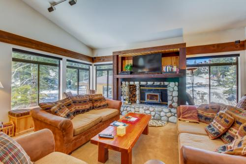 Silver Bear 41 - Mammoth Lakes, CA Vacation Rental