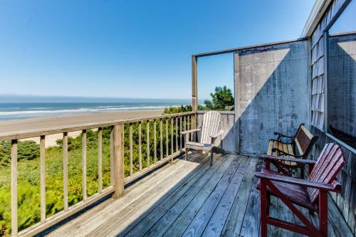 Cape Cod Cottages - Unit 7 - Waldport, OR Vacation Rental