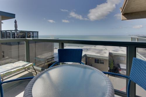 Beachside  Condo Getaway -  Vacation Rental - Photo 1