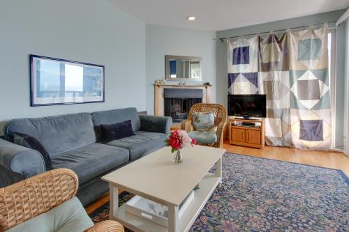 Beachside  Condo Getaway - Aptos, CA Vacation Rental