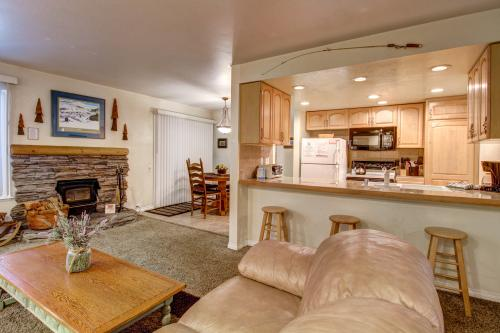 Horizons 4 137 -  Vacation Rental - Photo 1