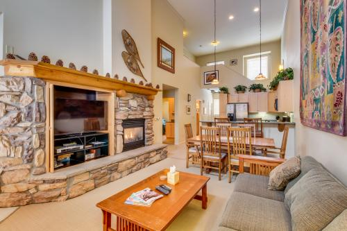 Mammoth Green 213 -  Vacation Rental - Photo 1