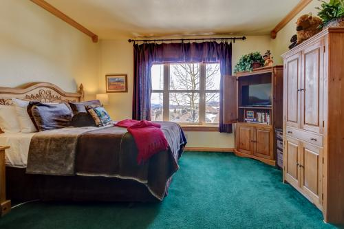 The Cozy Buffalo (3303) - Brian Head, UT Vacation Rental
