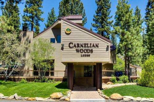 Howling Wolf Townhome - Carnelian Bay, CA Vacation Rental