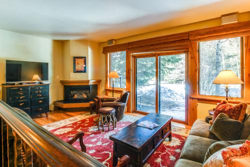 Pamelot's Ptarmigan Townhome  -  Vacation Rental - Photo 1
