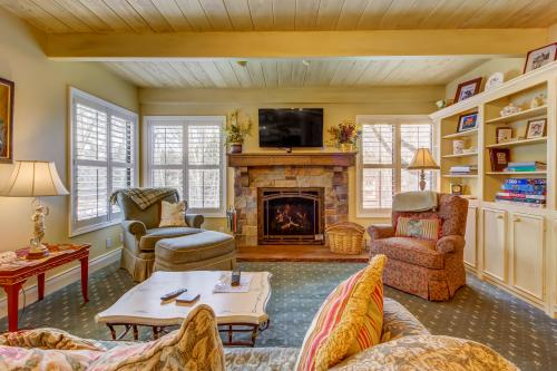 French Country Villager Condo -  Vacation Rental - Photo 1