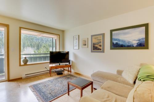 Limelight Base Camp Condo. Ski, bike, & adventure! -  Vacation Rental - Photo 1