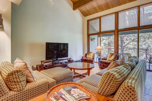 Valley View Loft -  Vacation Rental - Photo 1