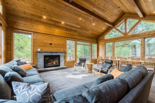 River Lodge  -  Vacation Rental - Photo 1